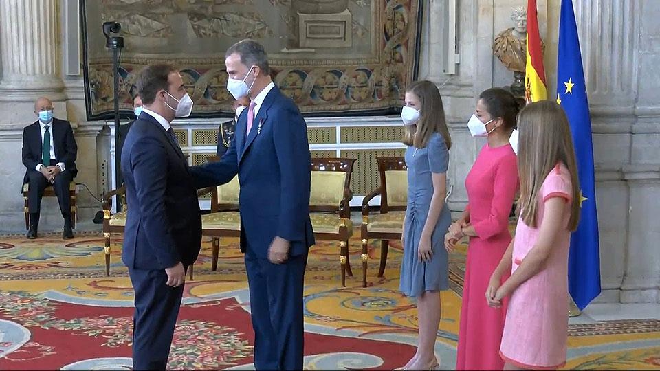 Albert Esteve Robles recibe la Medalla de la Orden del Mérito Civil